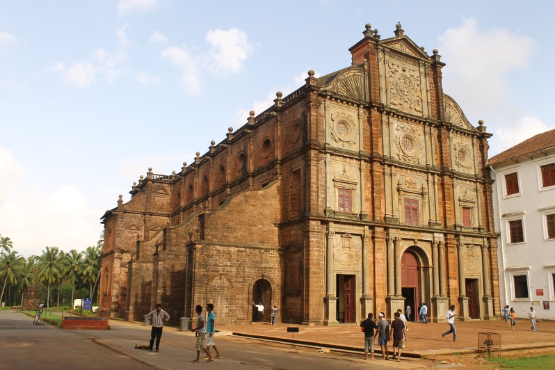 Church of St Francis Xavier, Old Goa, 1605. Wikimedia Commons.